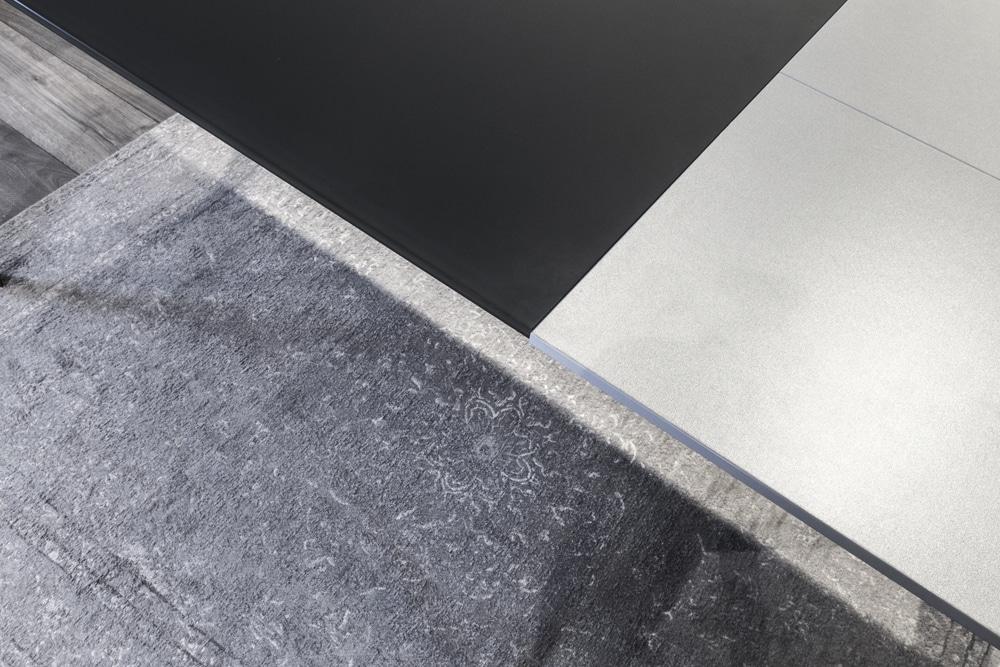 Tavolo Pozzoli vetro nero