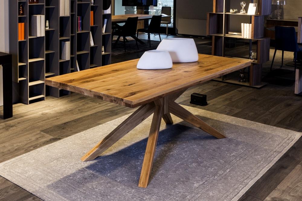 Tavolo in legno Pozzoli arredamento